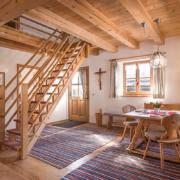 Große Ferienwohnung für 3-7 Personen über zwei Etagen in Kiefersfelden, Oberbayern